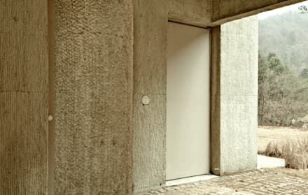 Doors by 백에이어소시에이츠