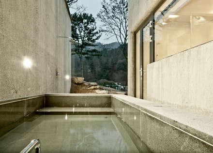 modern Spa by 백에이어소시에이츠
