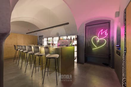iasai:  Bars & Clubs von Homola furniture s.r.o