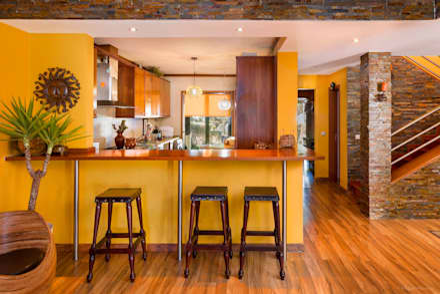 Moradia Mira Villas: Cozinhas modernas por Miguel Marnoto - Fotografia