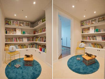 eclectic Nursery/kid's room by (주)바오미다