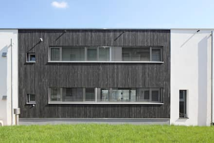 Passive house by Architekturbüro zwo P