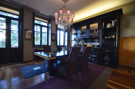 Sala de jantar - Mjarc by Maria João Andrade e Ricardo Cordeiro: Salas de jantar clássicas por MJARC - Arquitectos Associados, lda