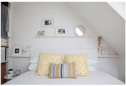 Scandinavian coastal style - scandi: scandinavian Bedroom by THE FRESH INTERIOR COMPANY