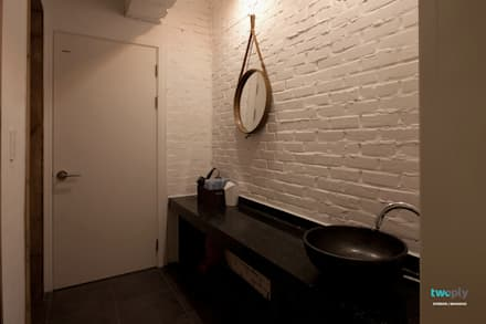파우더룸 - 전주인테리어 상가주택 인테리어 30평 인테리어 - 위크앤드 -: 디자인투플라이의  화장실