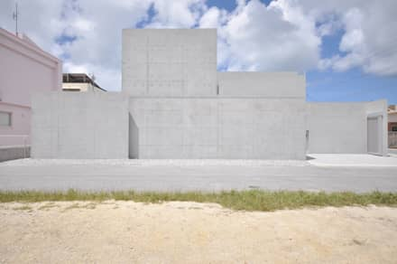 SNGK-HOUSE: 門一級建築士事務所が手掛けた浴室です。