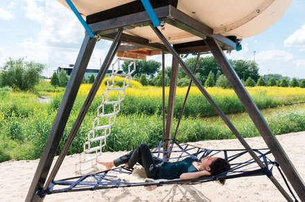 Hangmat: industriële Slaapkamer door Studio Made By