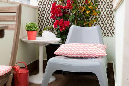Remodelação de T2 para Airbnb: Terraços  por MP Architecture & Interior Design