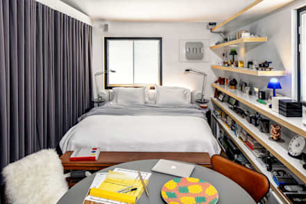 Fairview Park: classic Bedroom by Clifton Leung Design Workshop