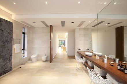 The Lake Dragon: minimalistic Bathroom by Clifton Leung Design Workshop