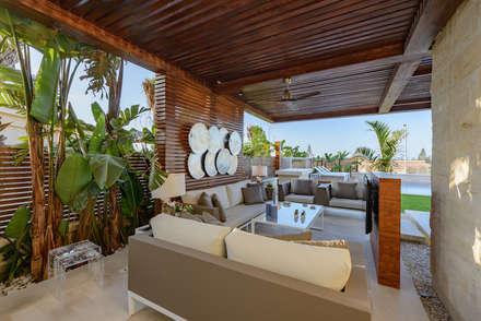 بلكونة أو شرفة تنفيذ Hossam Nabil - Architects & Designers