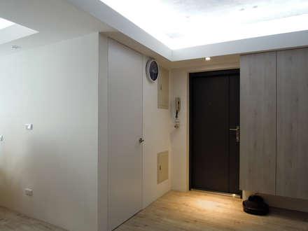 двери в . Автор – Fu design