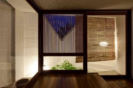 flur diele einrichtung ideen inspiration und bilder. Black Bedroom Furniture Sets. Home Design Ideas