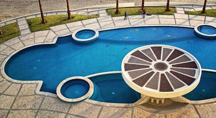 Piscinas de estilo  por Albercas y Spa de Sonora SA de CV