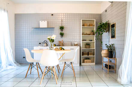 casa GC: Cucina in stile in stile Scandinavo di rosalba barrile architetto