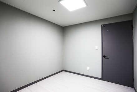 서울특별시 영등포구 영등포동 푸르지오 203호1901호: 디자인 아버의  방