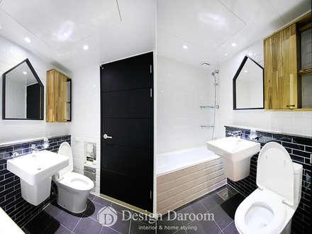 수유 두산위브 아파트 34py 거실욕실: Design Daroom 디자인다룸의  화장실