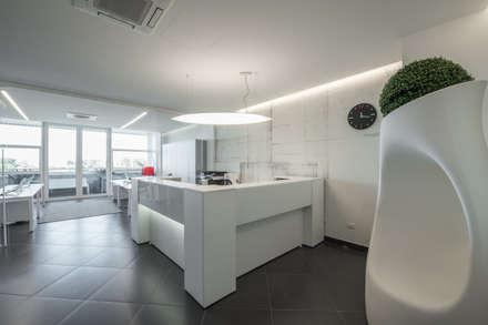 Phòng học/Văn phòng by ITALIAN DESIGN STUDIO