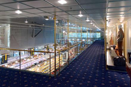 Centros comerciales de estilo  por Станислав Старых