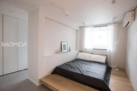 즐거운 우리의 집_서초현대아파트 인테리어: (주)바오미다의  침실