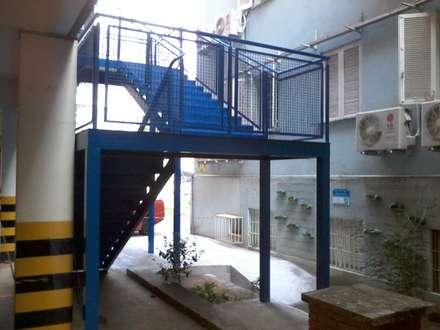 Sekolah by Dartora Esquadrias Metálicas