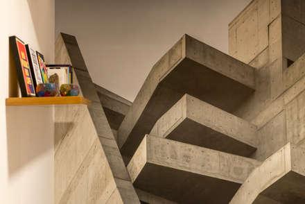 Ampliación Duplex Barranco : Dormitorios de estilo  por Gracia Nano Studio