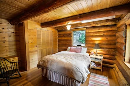 Rustikales Haus: rustikale Schlafzimmer von Tanja Mason Fotografie