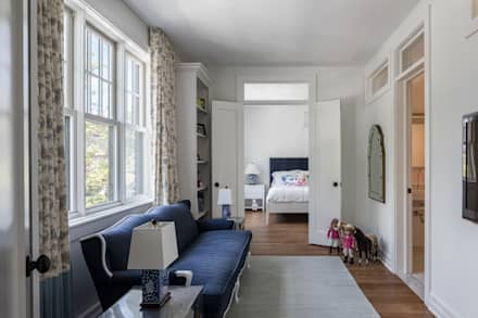 Glebe Avenue Residence: classic Bedroom by Flynn Architect