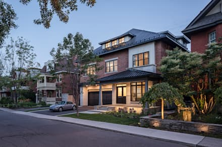 Glebe Avenue Residence: classic Houses by Flynn Architect