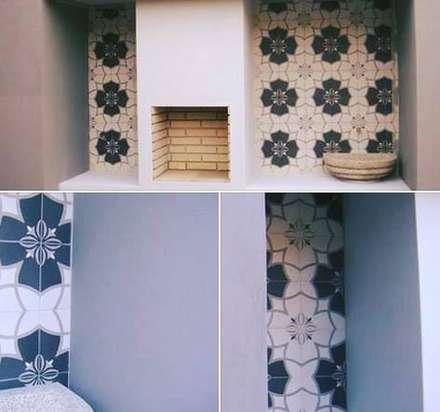Casas das Estrelícias: Arrumos de jardim  por ® PERFIL┳ Arquitectura