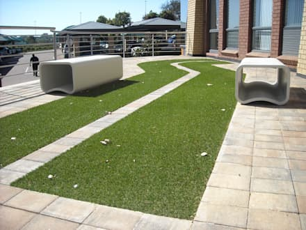 various projects: minimalistic Garden by Lemontree Landscape architecture and Design