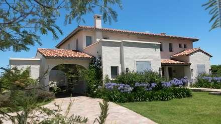 Casas estilo mediterraneo ideas im genes e inspiraci n - Arquitectos famosos espanoles ...