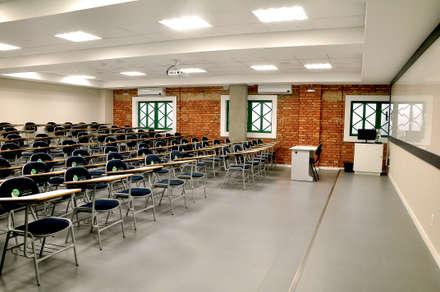 مدارس تنفيذ SZ ARQUITETURA