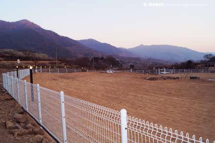 경남하동 50평형  ALC친환경 애견팬션: W-HOUSE의  앞마당