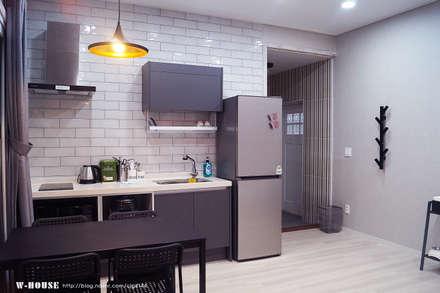 Kitchen units by W-HOUSE