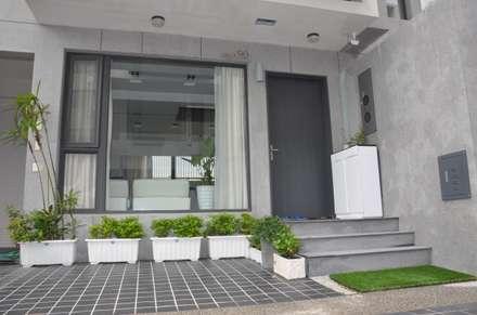 雲林高鐵透天住宅設計:  庭院 by Gavin室內裝修設計