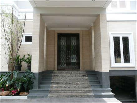 Doors by sony architect studio