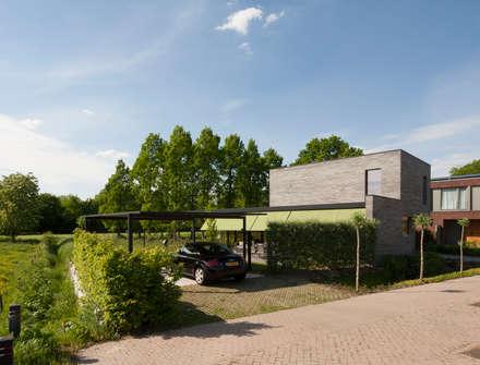 منزل عائلي صغير تنفيذ Joris Verhoeven Architectuur