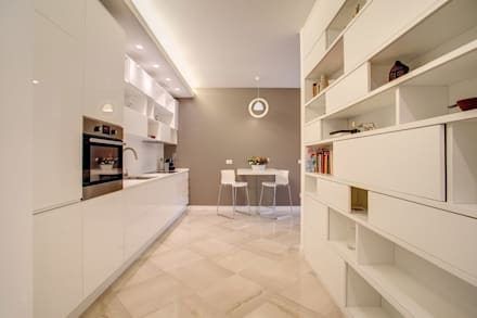 Floors by MOB ARCHITECTS