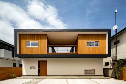Wooden houses by 中山大輔建築設計事務所/Nakayama Architects