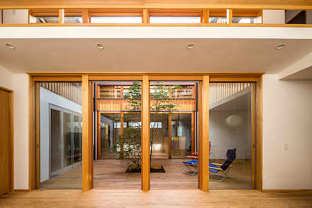 中山大輔建築設計事務所/Nakayama Architects의  목제 창문
