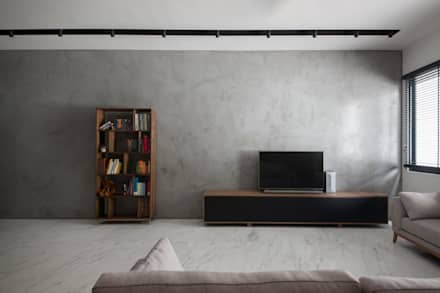 JALAN TANJONG: industrial Living room by Eightytwo Pte Ltd