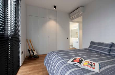FORESQUE RESIDENCES: scandinavian Bedroom by Eightytwo Pte Ltd