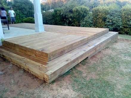 Acera madera en Santiago de Compostela: Jardines de estilo colonial de A-kotar