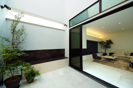modern Garden by TERAJIMA ARCHITECTS