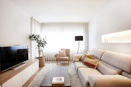Ruang Keluarga by Laia Ubia Studio