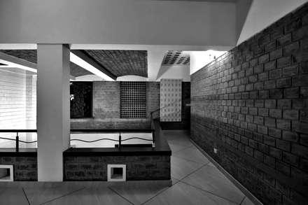 Passage:  Corridor & hallway by Myriadhues