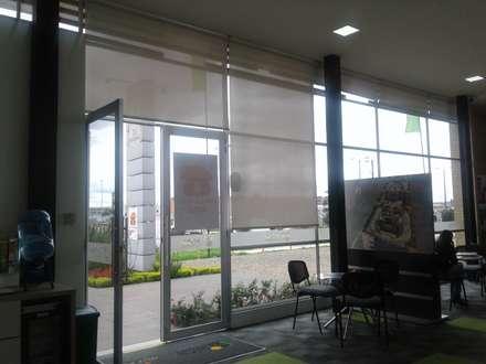 Жалюзи в . Автор – MS - CONSTRUCCIONES MARIO SOTO & Cìa S.A.S.