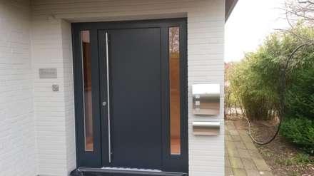 Puertas de madera de estilo  por Tischlerei Marco Schartau