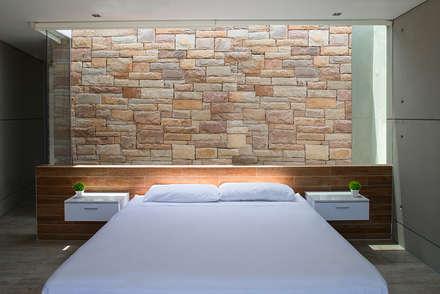 CASA TERRAZA: Dormitorios de estilo  por Chetecortes